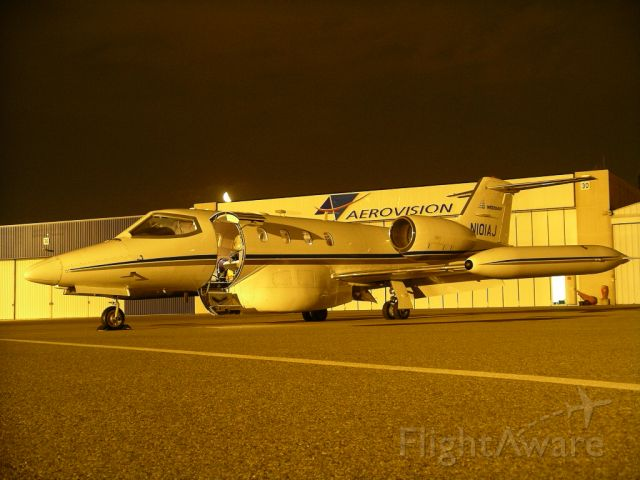 Learjet 35 (N101AJ) - Preparing for a mission during the data acquisition of NEXTMap® Europe.
