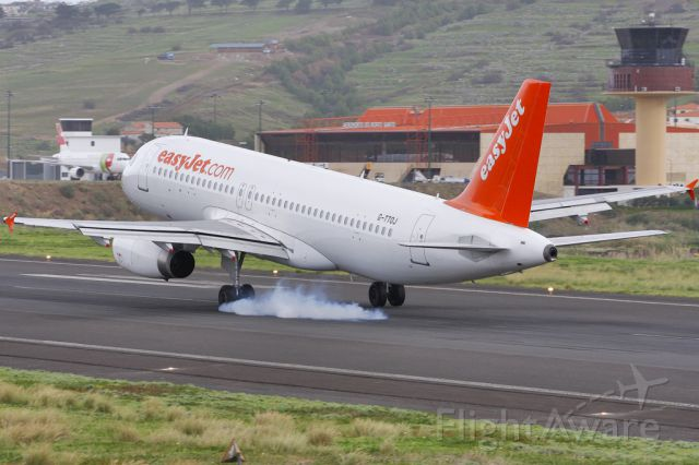 Airbus A320 (G-TTOJ)