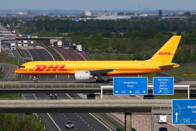 Boeing 757-200 (G-BMRJ)