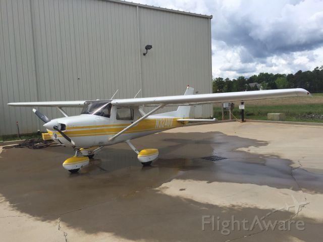 Cessna Commuter (N3240V) - Freshly washed.