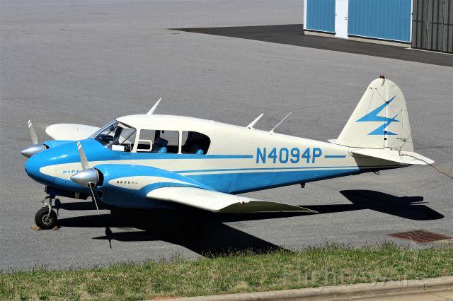 Piper Apache (N4094P)