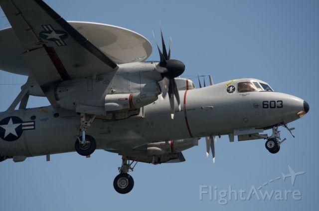 Grumman E-2 Hawkeye — - Short Final to RJOI.