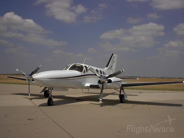 Cessna 421 (N726RT)