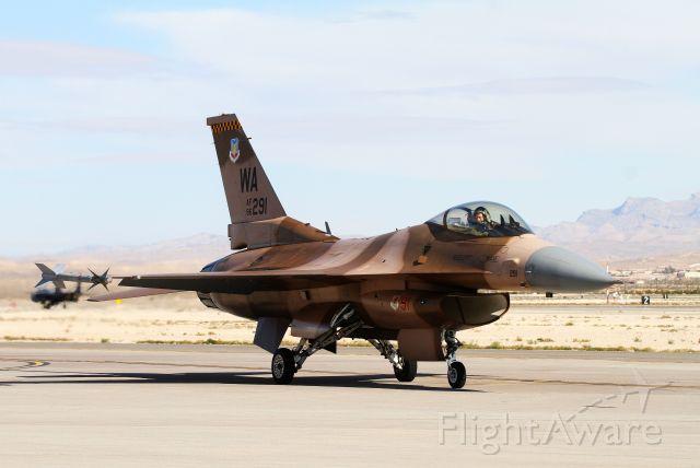 Lockheed F-16 Fighting Falcon (N86291)
