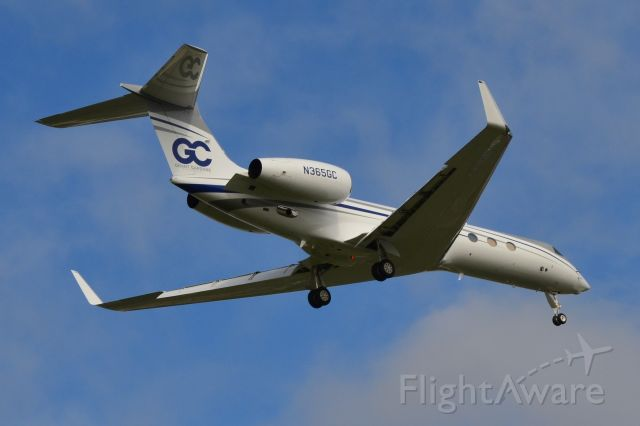 Gulfstream Aerospace Gulfstream V (N365GC) - TVPX AIRCRAFT SOLUTIONS INC TRUSTEE (Grant Cardone Enterprises) on final at KJQF - 9/30/18