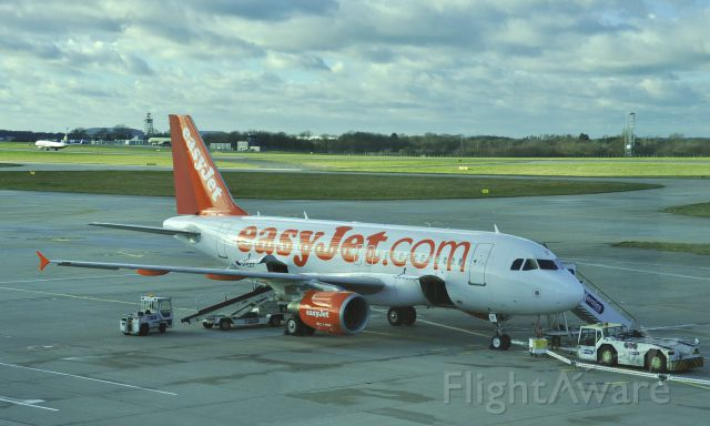 Airbus A319 (G-EZIT) - EasyJet Airbus A319-111 G-EZIT in London Stansted