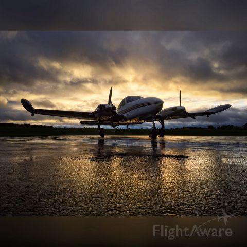 Cessna 310 (N6832Y)