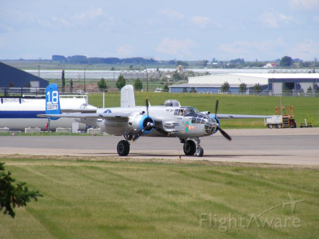 """North American TB-25 Mitchell (N335972) - Confederate Airforce B25 """"Maid in the Shade"""" visiting Medicine Hat"""