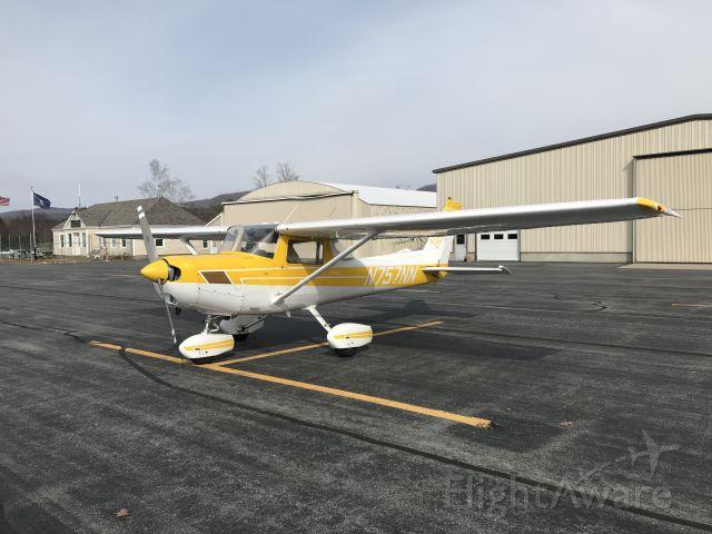 Cessna 152 (N757NN)