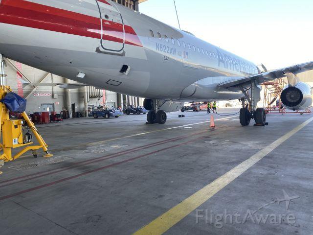 Airbus A319 (N822AW)