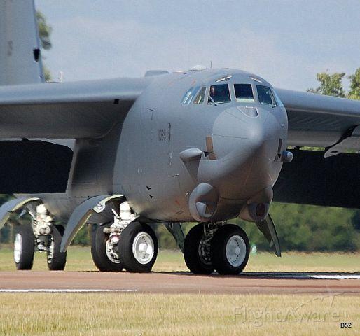 Boeing B-52 Stratofortress (61-0002) - b52