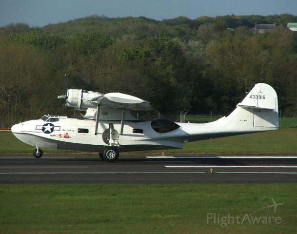 de Havilland Dash 8-400 (G-PBYA) - Catalina landing on 23/5/12.