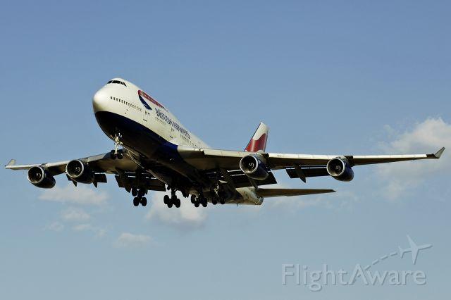 Boeing 747-400 (G-BNLR) - 10/9/2005