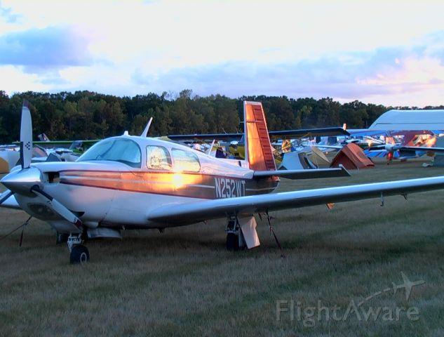 Mooney M-20 Turbo (N252WT)
