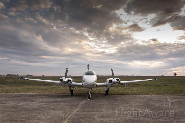 Beechcraft 55 Baron (LV-RAT) - Aeroclub General Villegas