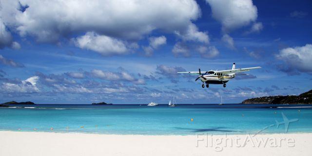 Cessna Caravan (F-OSBM)
