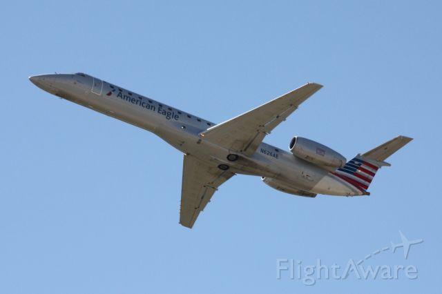 Embraer ERJ-145 (N626AE)