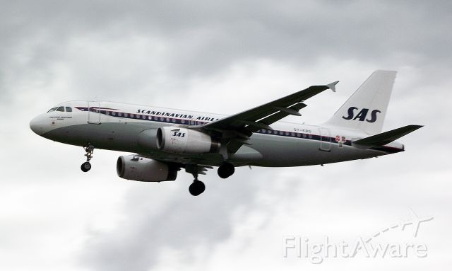 Airbus A319 (OY-KBO) - SAS retro scheme
