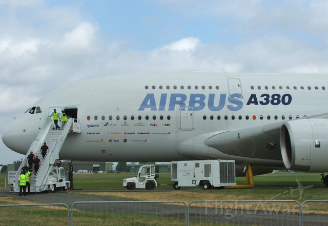 Airbus A380-800 — - Paris Air Show 2005