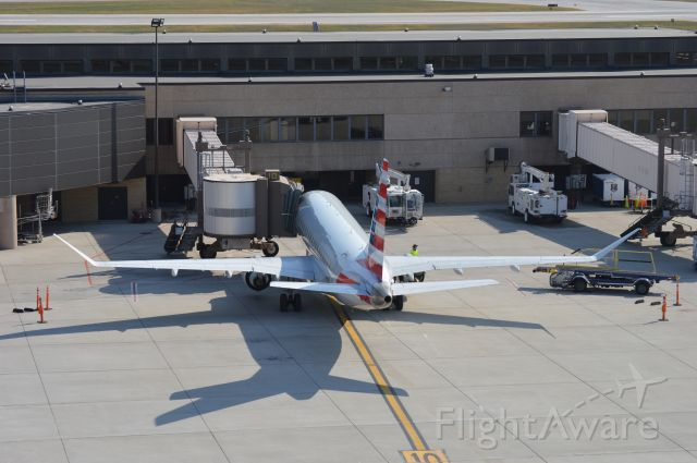 Embraer 175 (N426YX) - A beautiful ERJ at the gate in Omaha. Date - Oct 10, 2020