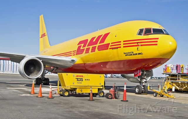 BOEING 767-200 (N652GT) - B767-200 classic  freighter