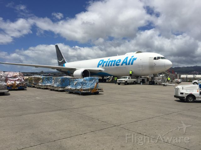 N1487A — - Amazon Prime Air flight being loaded for KLAX.