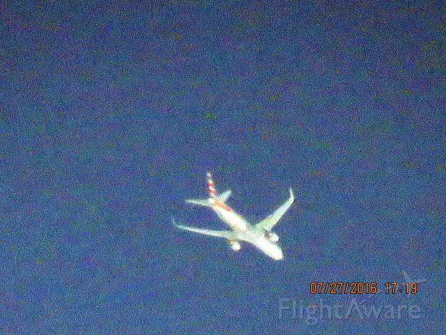 BOEING 767-300 (N348AN)