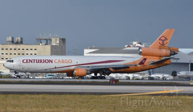 Boeing MD-11 (N986AR)