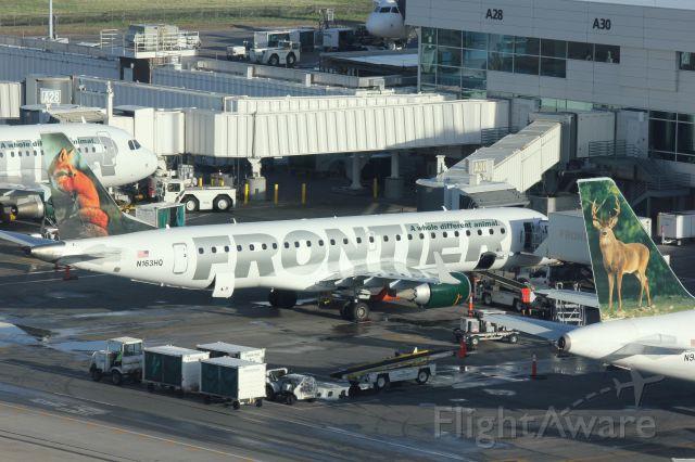 Embraer ERJ-190 (N163HQ)