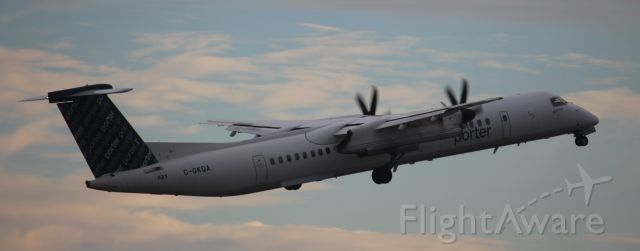 de Havilland Dash 8-400 (C-GKQA)