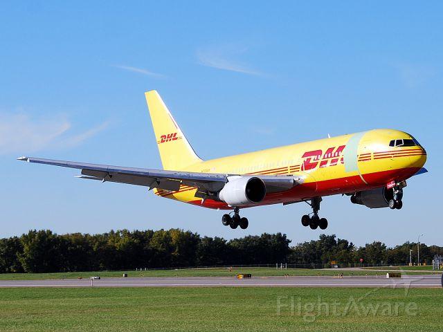 BOEING 767-200 (N773AX) - Boeing 767-281 (c/n 22788). September 26, 2010.