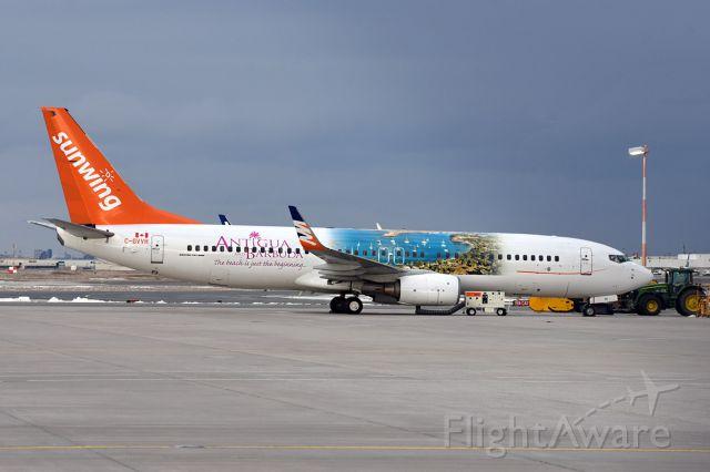Boeing 737-800 (C-GVVH)