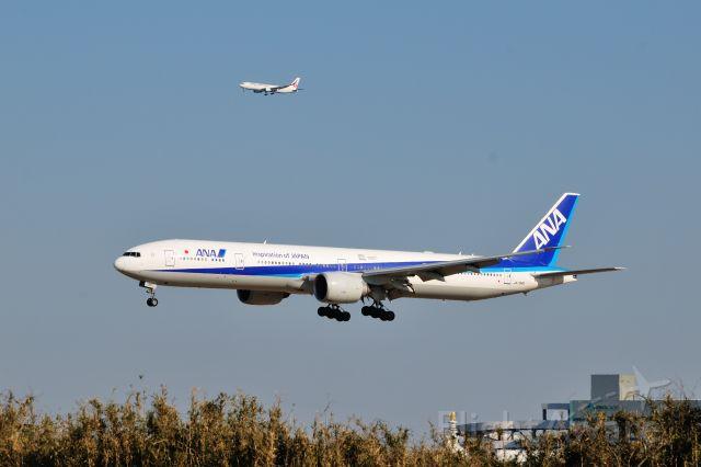 BOEING 777-300 (JA734A) - 2016/2/11