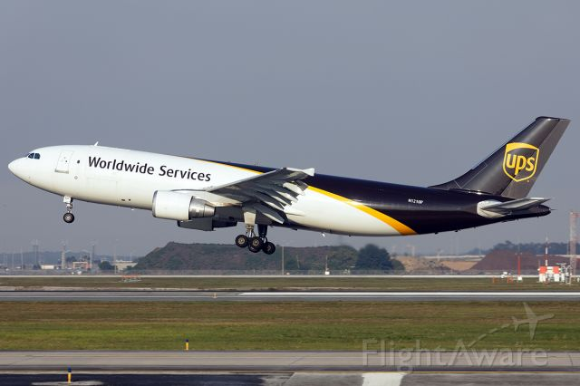 Airbus A300F4-600 (N121UP)