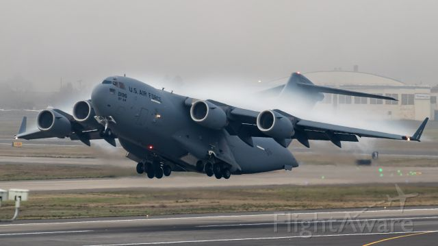Boeing Globemaster III (01-0196) - A C-17 from Martinsburg West Virginia rotates out of Portland in some heavy fog.