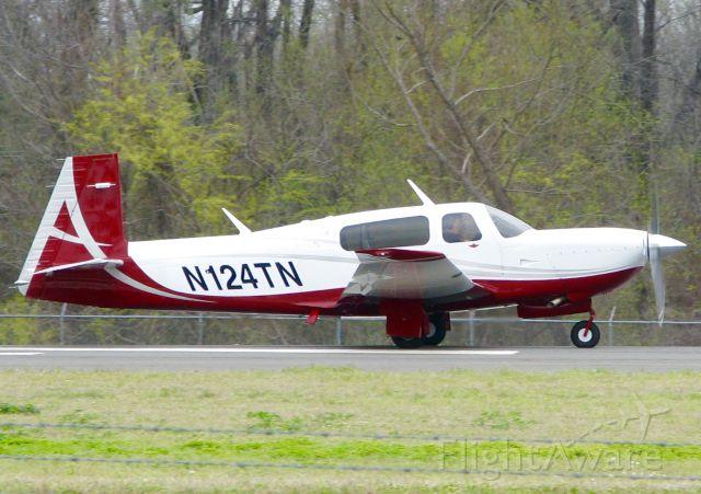 Mooney M-20 (N124TN) - At Shreveport Regional.