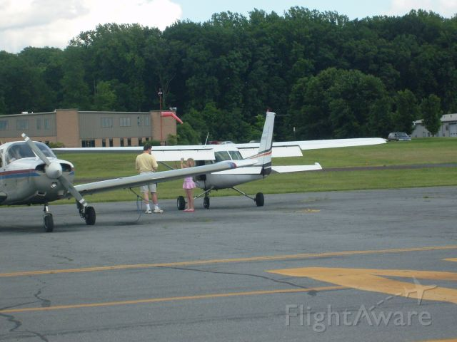 Cessna 152 — - A dad and daughter renting a plane at the Doylestown Airport in Pennsylvania.
