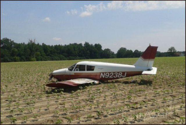 Piper Cherokee (N9238J) - Plane makes emergency landing in Irwin Co. Field