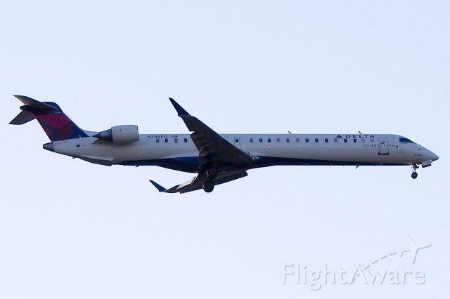 Canadair Regional Jet CRJ-200 (N294PQ)