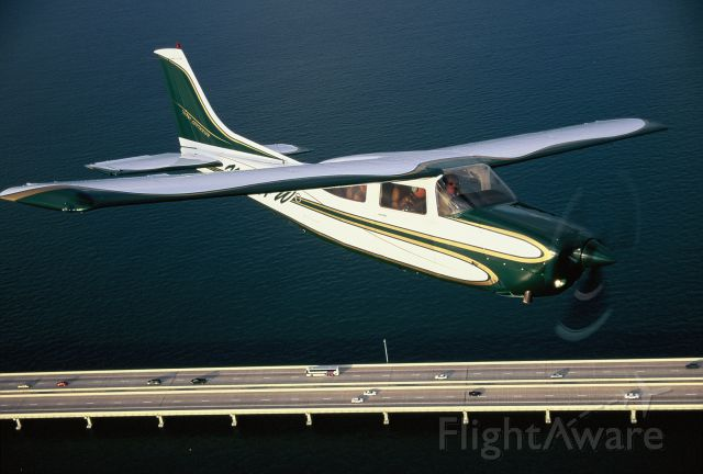 Cessna Centurion (N761HW)