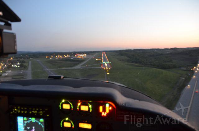 Cessna Skylane (N8487S) - Landing Arnold Palmer Airport, Latrobe, PA