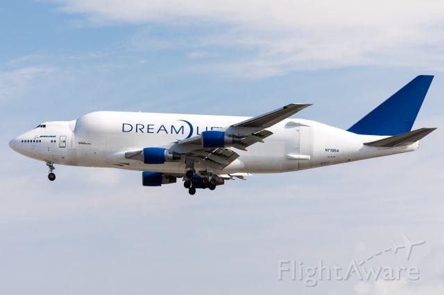 Boeing Dreamlifter (N718BA)