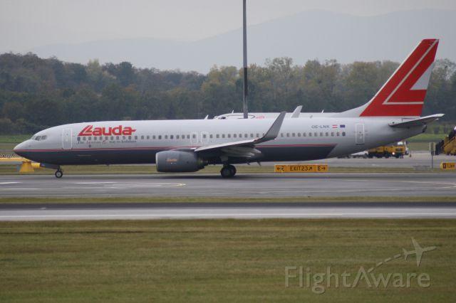 Boeing 737-700 (OE-LNK)