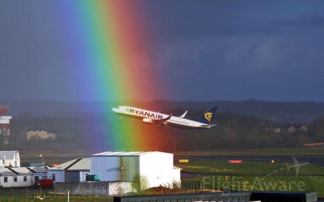 Boeing 737-800 (EI-EMB) - ryanair b737-8 ei-emb dep shannon for alicante through a rainbow this morning 30/3/16.