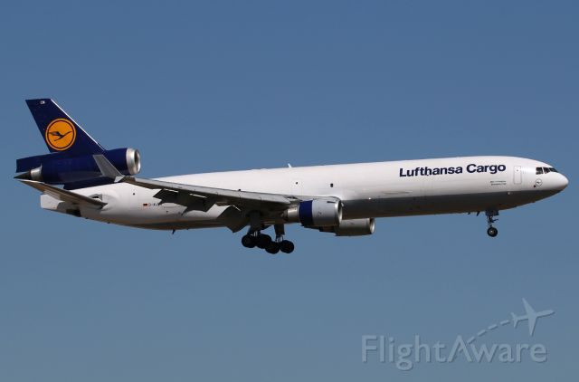 Boeing MD-11 (D-ALCM)