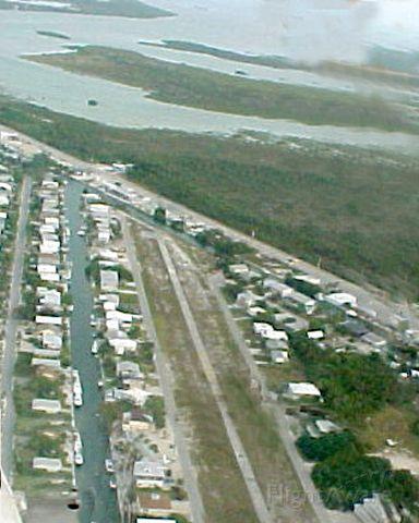 N3009U — - Landing approach to Summerland Key, Florida FD51