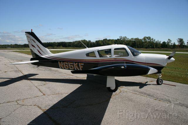 Piper Cherokee Arrow (N65KF)
