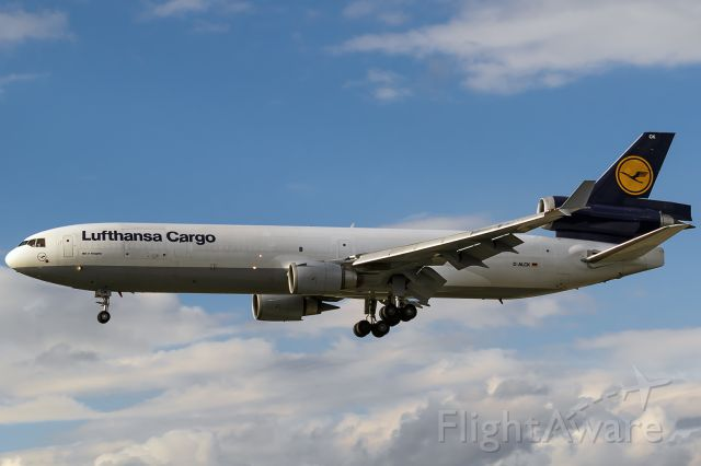 Boeing MD-11 (D-ALCK) - back to Frankfurt due to technical problems, flighttime 35 minutesbr / 2015-09-19