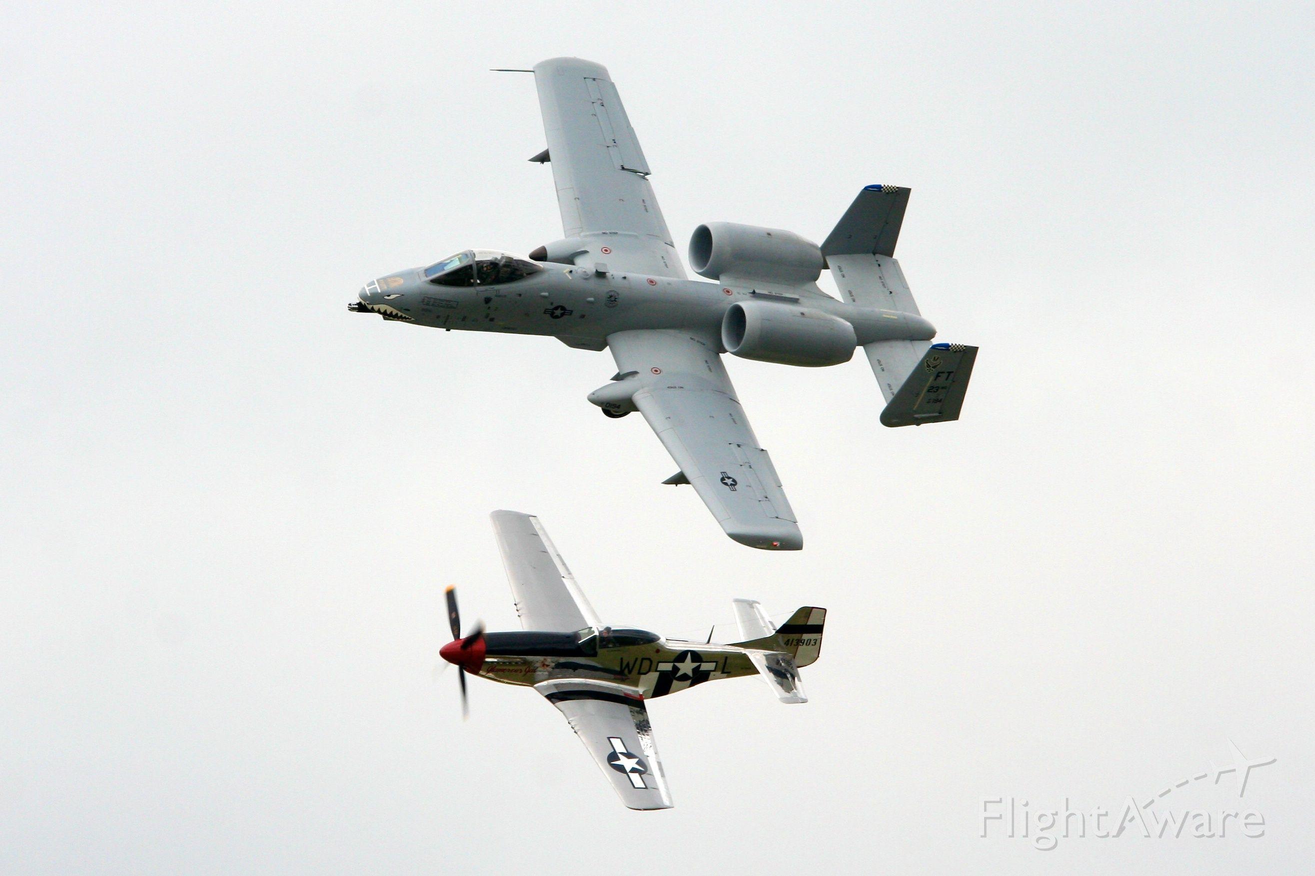 — — - A10 P51 Heritage Flight - Dayton Airshow 2009