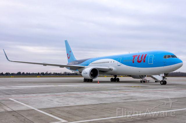 BOEING 767-300 (PH-OYI) - PH-OYI - Boeing 767-304(ER) - TUI fly